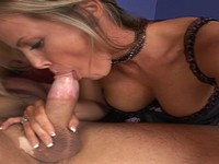Thick Booty Blond Milf Get