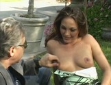 brunette outdoor cumshot