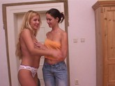 teen lesbians have fun fucking each other
